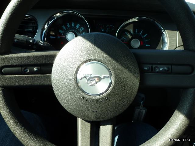 Мустанг руль